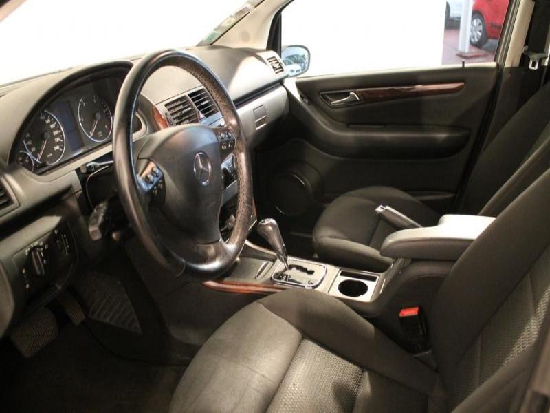 Mercedes Classe A 180 A 180 CDI ELEGANCE CVT 5P Gris occasion à Brest - photo n°3