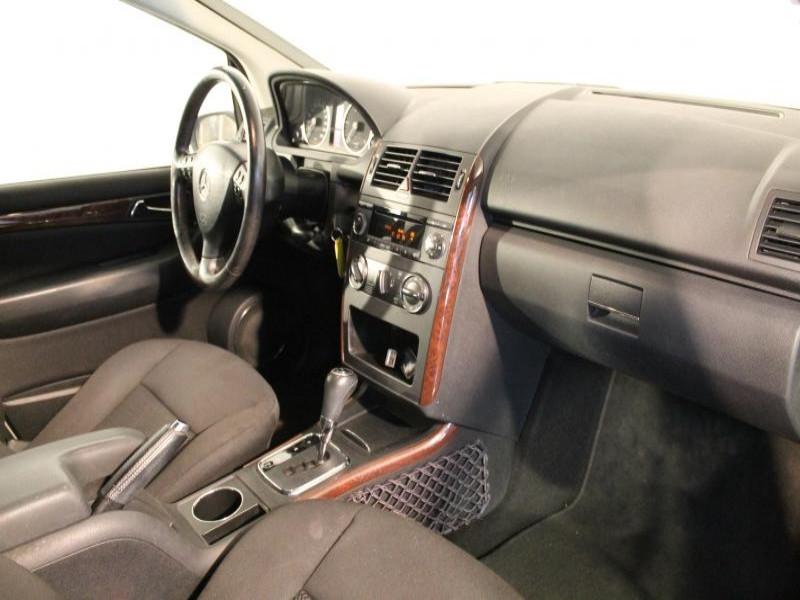 Mercedes Classe A 180 A 180 CDI ELEGANCE CVT 5P Gris occasion à Brest - photo n°5