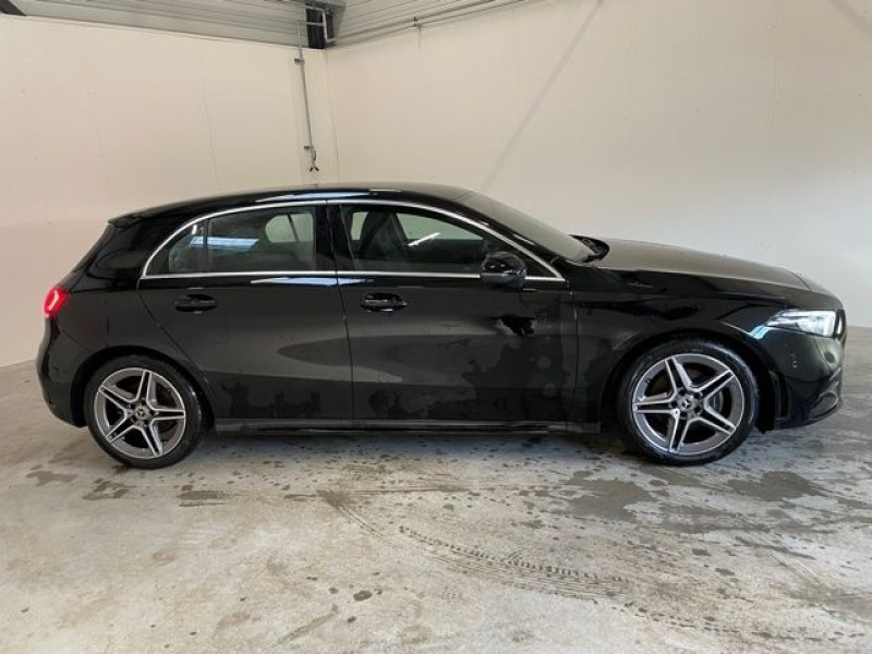 Mercedes Classe A 200 (W177) 200 163CH AMG LINE 7G-DCT Noir occasion à Serres-Castet - photo n°8