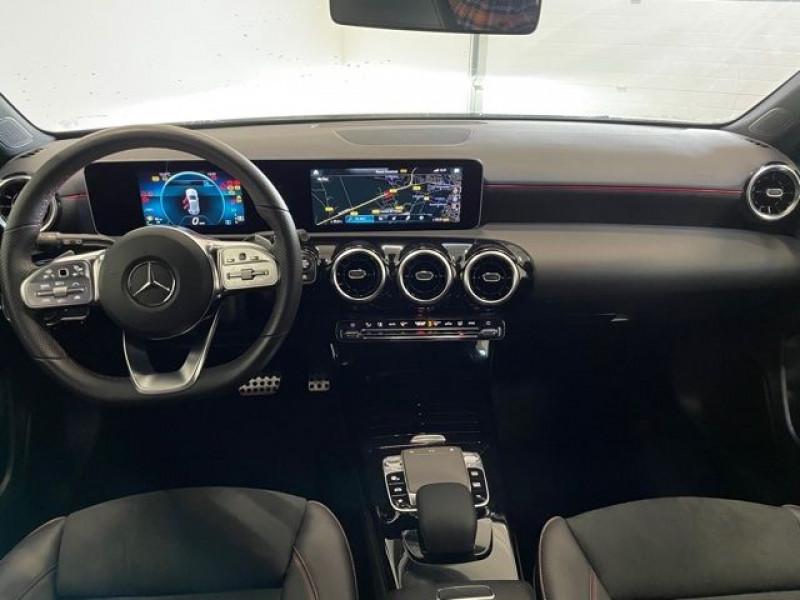Mercedes Classe A 200 (W177) 200 163CH AMG LINE 7G-DCT Noir occasion à Serres-Castet - photo n°3