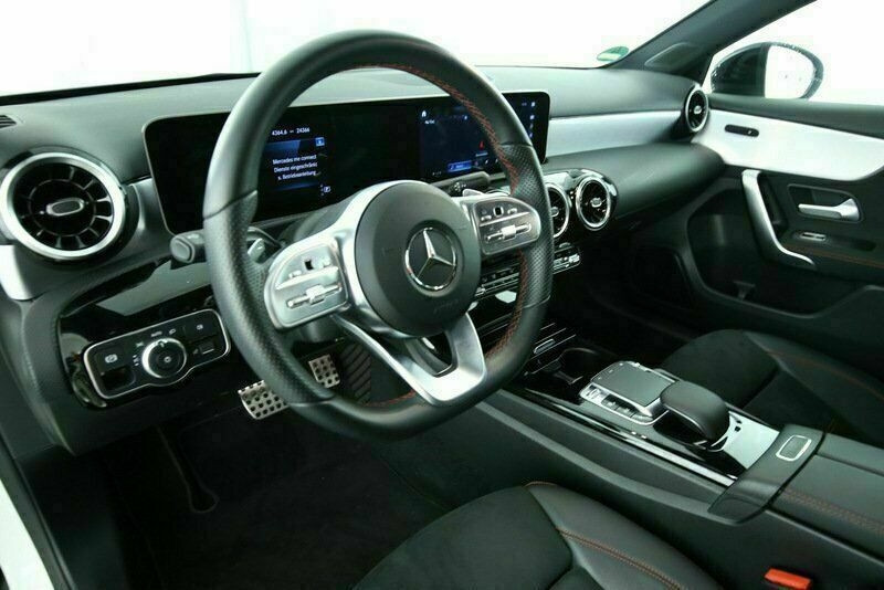 Mercedes Classe A 200 (W177) 200 D 150CH AMG LINE 8G-DCT Blanc occasion à Villenave-d'Ornon - photo n°6