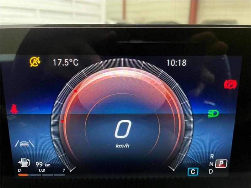 Mercedes Classe A 200 200 7G-DCT AMG Line + Options Noir occasion à Lormont - photo n°11