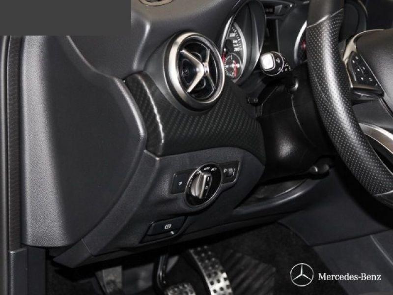 Mercedes Classe A 200 200 AMG Noir occasion à Beaupuy - photo n°7