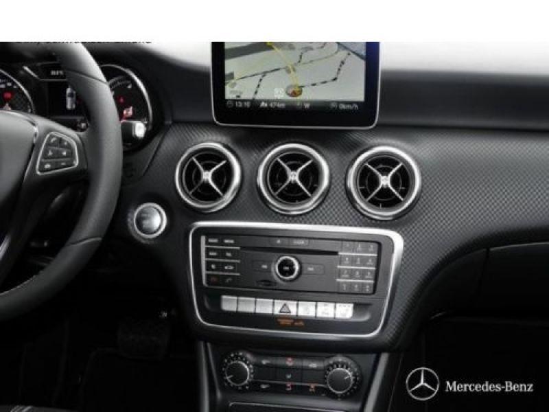 Mercedes Classe A 200 200 D 4Matic Gris occasion à Beaupuy - photo n°6