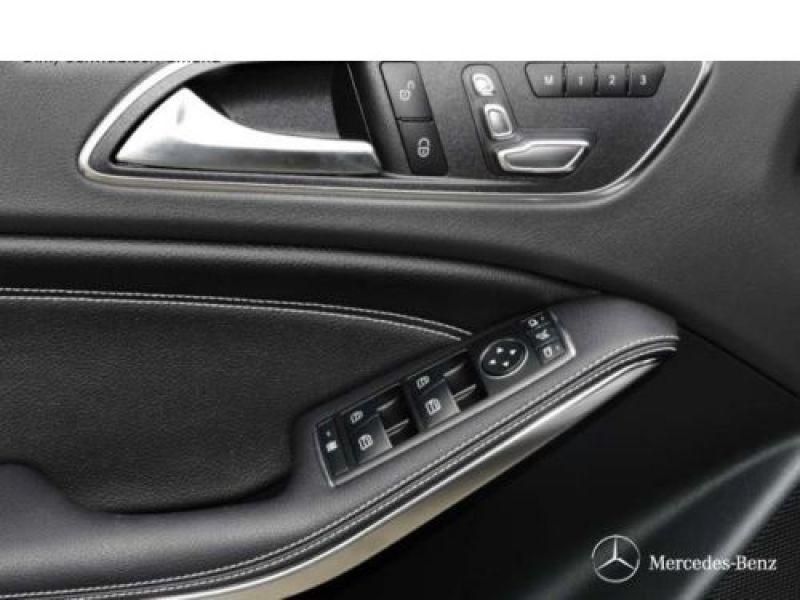 Mercedes Classe A 200 200 D 4Matic Gris occasion à Beaupuy - photo n°8