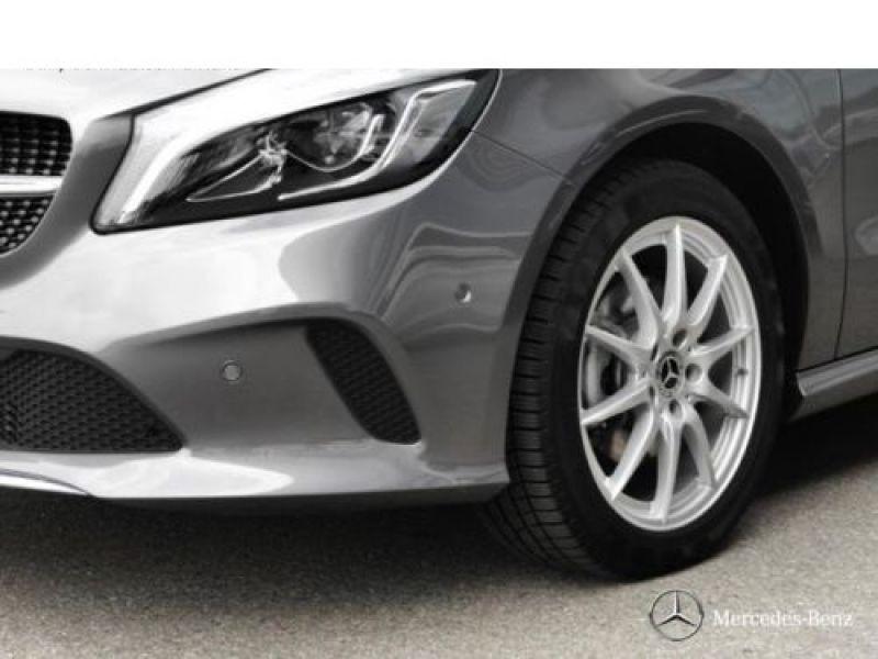 Mercedes Classe A 200 200 D 4Matic Gris occasion à Beaupuy - photo n°9