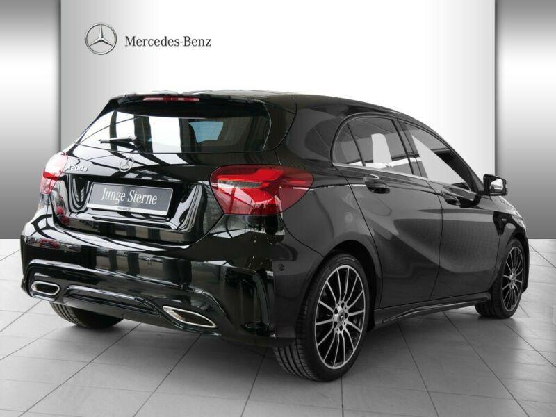 Mercedes Classe A 200 200 D AMG Noir occasion à Beaupuy - photo n°3