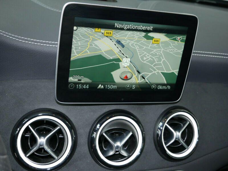 Mercedes Classe A 200 200 D AMG Noir occasion à Beaupuy - photo n°7