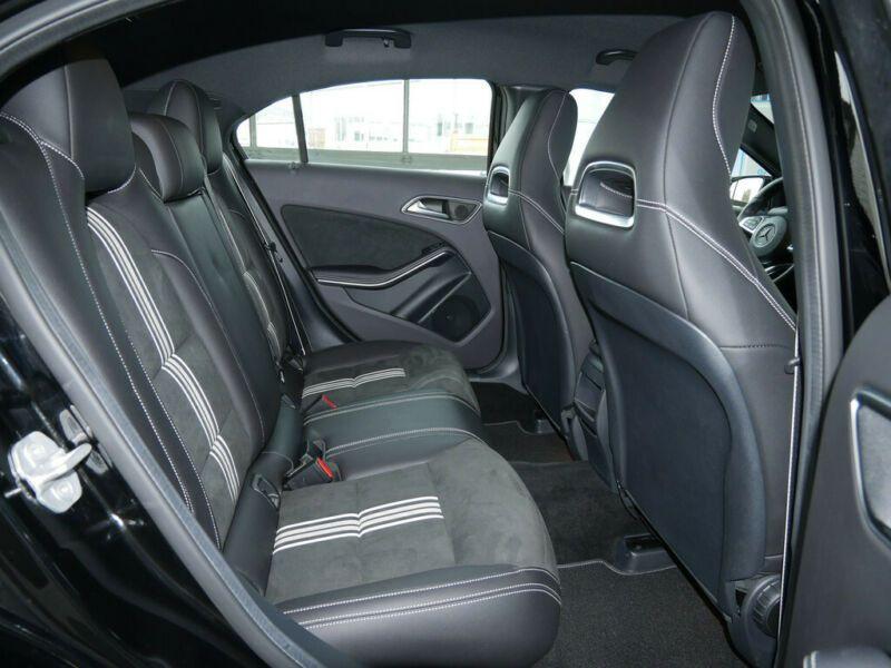 Mercedes Classe A 200 200 D AMG Noir occasion à Beaupuy - photo n°5