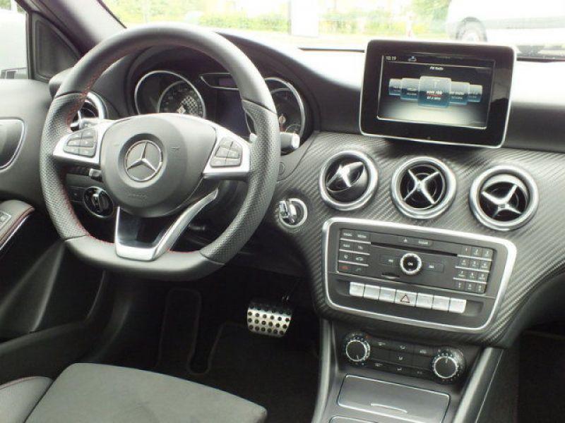 Mercedes Classe A 200 200 D AMG Argent occasion à Beaupuy - photo n°2