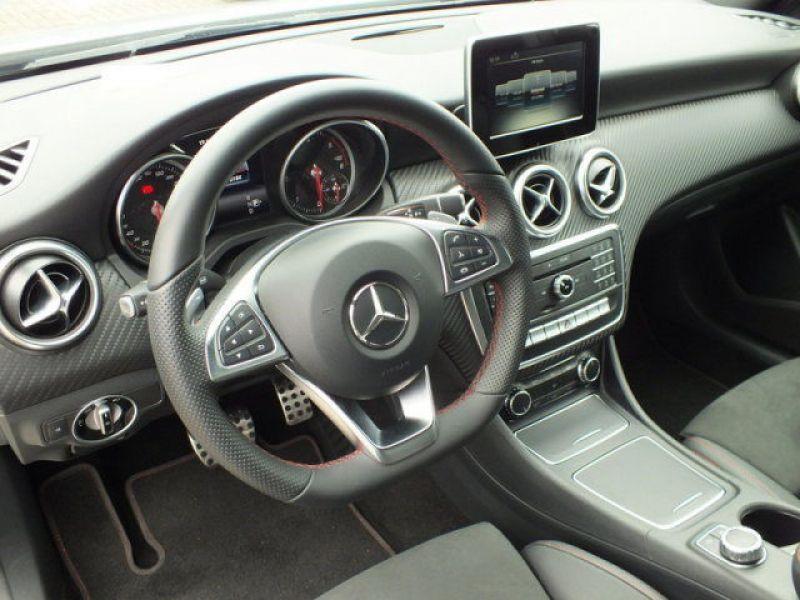 Mercedes Classe A 200 200 D AMG Argent occasion à Beaupuy - photo n°4
