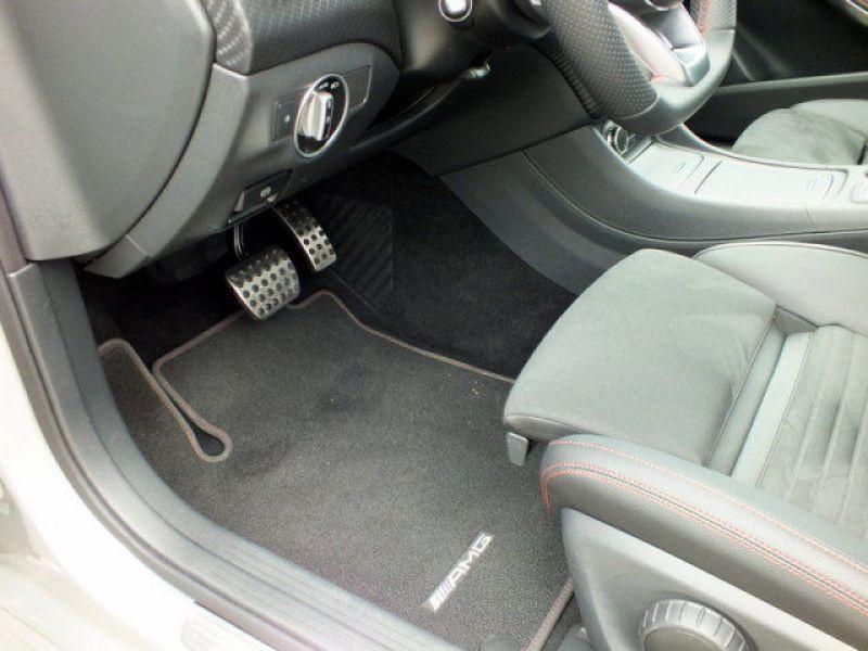 Mercedes Classe A 200 200 D AMG Argent occasion à Beaupuy - photo n°6