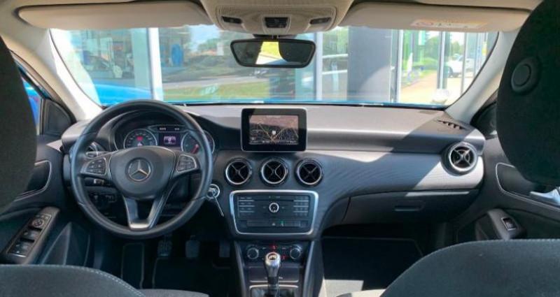 Mercedes Classe A 200 200 d Business Bleu occasion à Le Chateau D`olonne - photo n°3