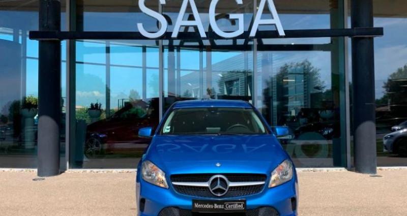 Mercedes Classe A 200 200 d Business Bleu occasion à Le Chateau D`olonne - photo n°6