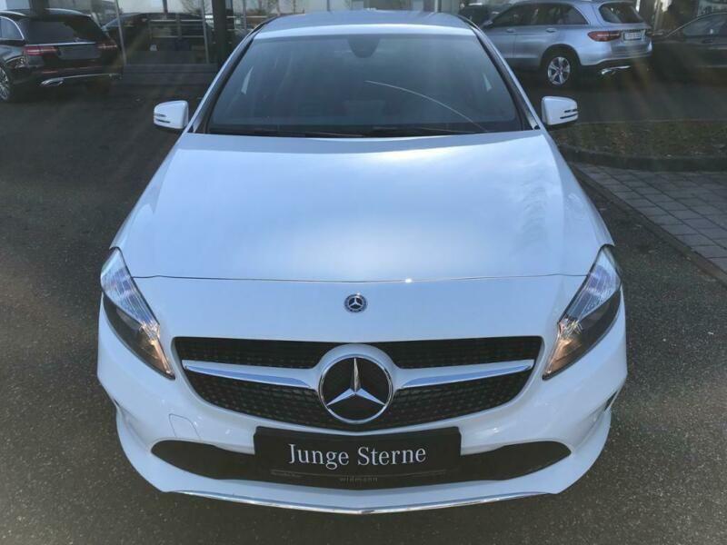 Mercedes Classe A 200 200 D Blanc occasion à Beaupuy - photo n°7