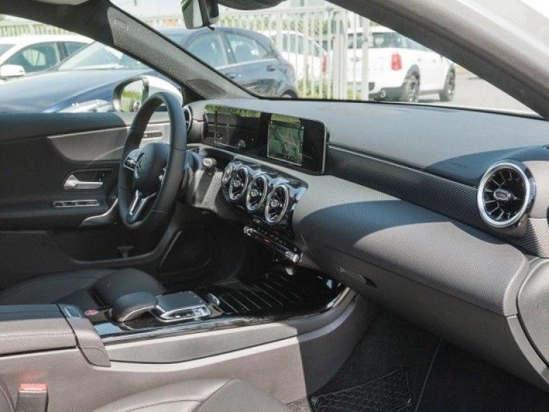 Mercedes Classe A 200 200 Nouveau Modèle Blanc occasion à Beaupuy - photo n°6