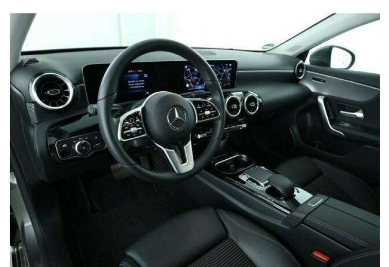 Mercedes Classe A 220 (W177) 220 D 190CH PROGRESSIVE LINE 8G-DCT Gris occasion à Villenave-d'Ornon - photo n°4