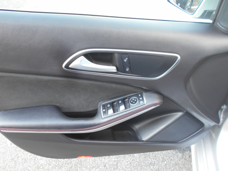 Mercedes Classe A 160 d 7G-DCT Fascination Gris occasion à Bessières - photo n°8