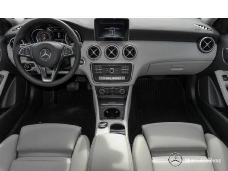 Mercedes Classe A 160 D Argent occasion à Beaupuy - photo n°2