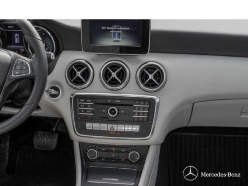 Mercedes Classe A 160 D Argent occasion à Beaupuy - photo n°6