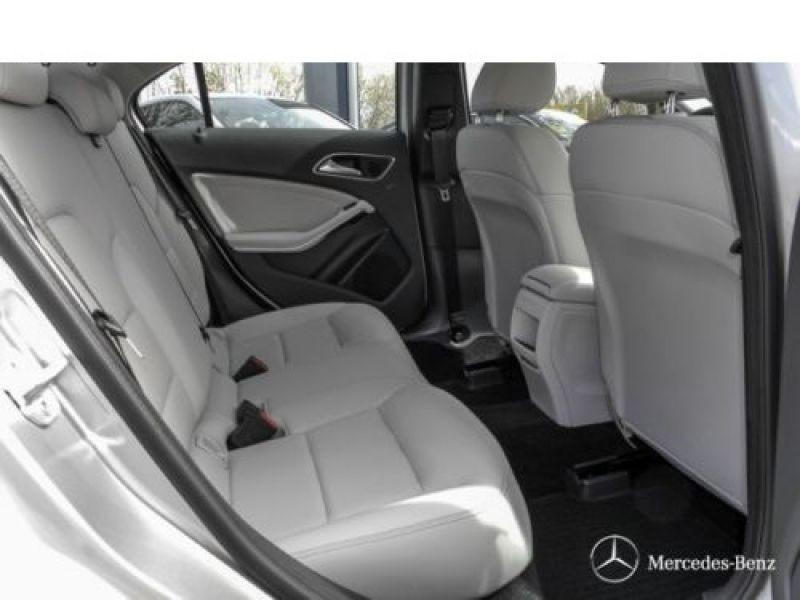 Mercedes Classe A 160 D Argent occasion à Beaupuy - photo n°5