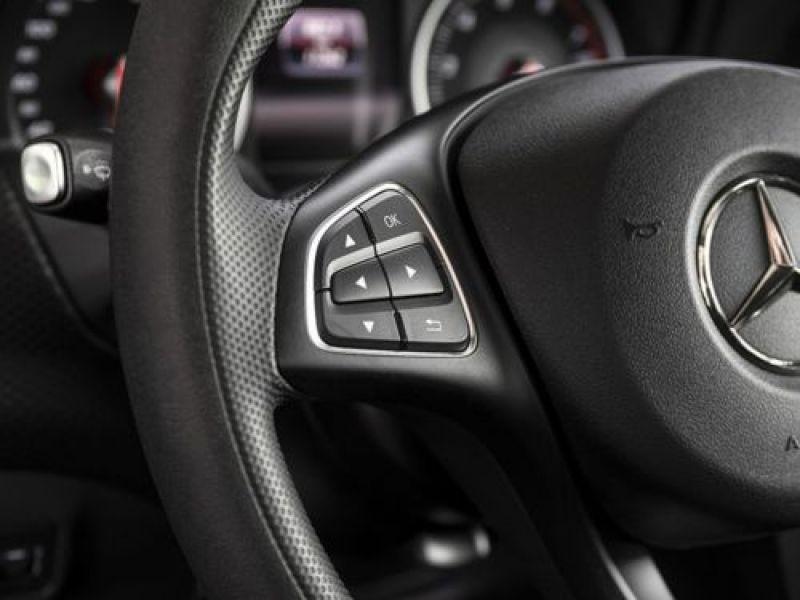 Mercedes Classe A 160 Noir occasion à Beaupuy - photo n°8