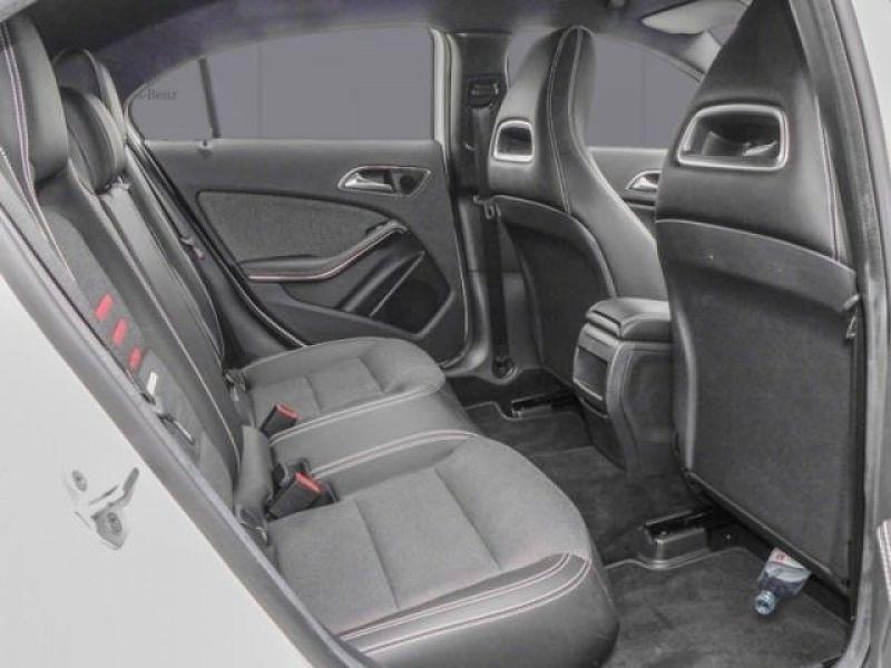Mercedes Classe A 160 Blanc occasion à Beaupuy - photo n°5