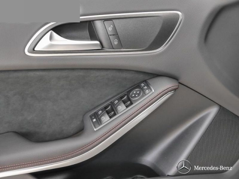 Mercedes Classe A 250 AMG Gris occasion à Beaupuy - photo n°7