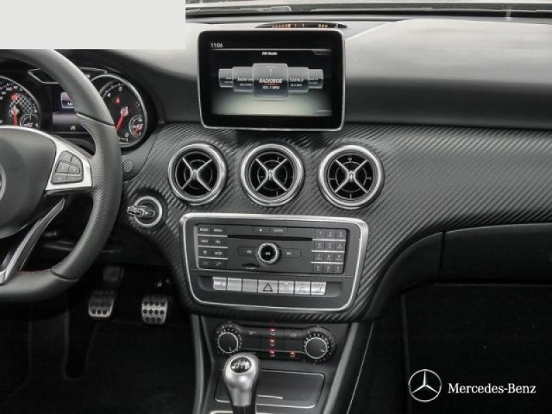 Mercedes Classe A 250 AMG Gris occasion à Beaupuy - photo n°6