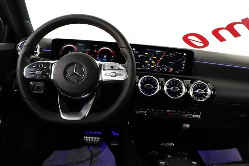 Mercedes Classe A 250 e EQ POWER 8G-DCT AMG Line Noir occasion à Dury - photo n°5