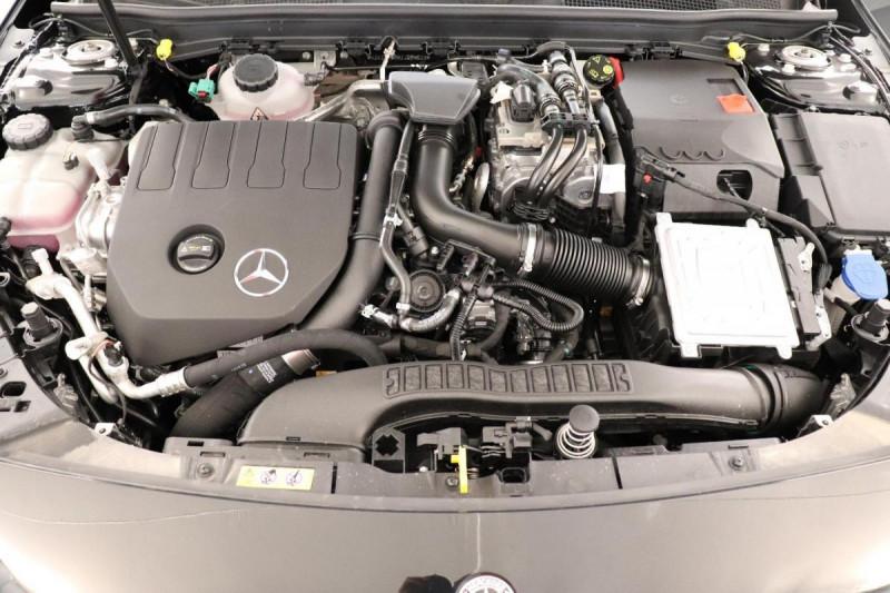 Mercedes Classe A 250 e EQ POWER 8G-DCT AMG Line Noir occasion à Dury - photo n°14