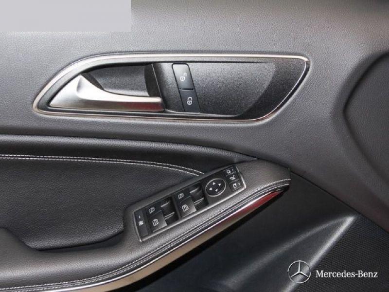 Mercedes Classe A 250 Rouge occasion à Beaupuy - photo n°6