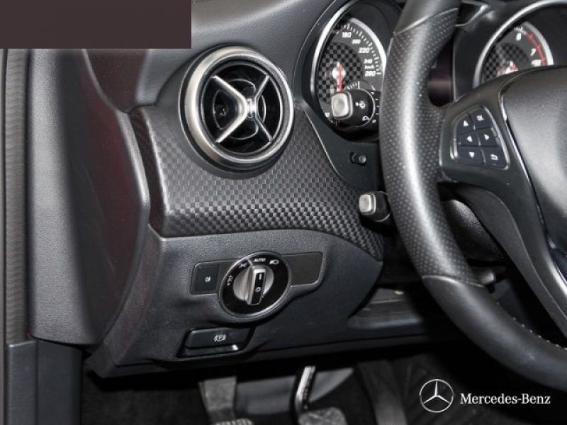 Mercedes Classe A 250 Rouge occasion à Beaupuy - photo n°7