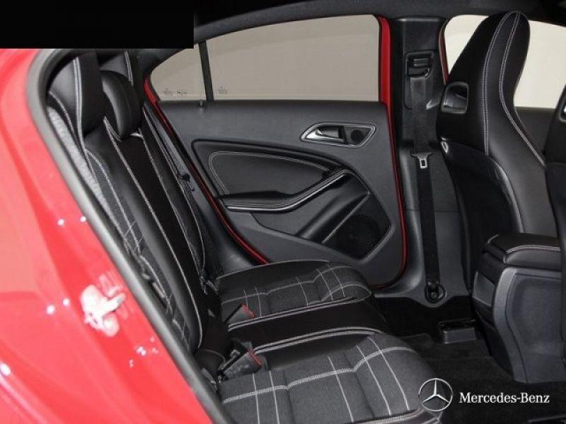 Mercedes Classe A 250 Rouge occasion à Beaupuy - photo n°8