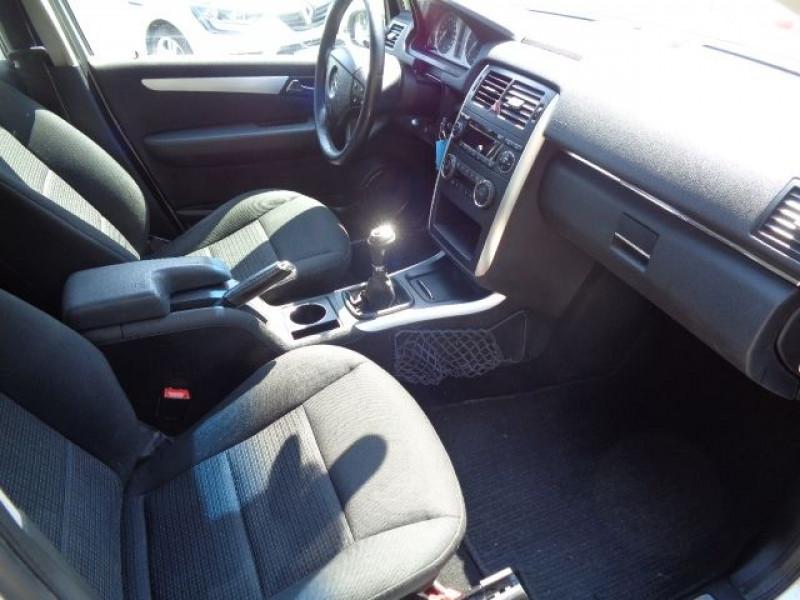 Mercedes Classe B 180 (T245) 180 CDI Gris occasion à Aucamville - photo n°4