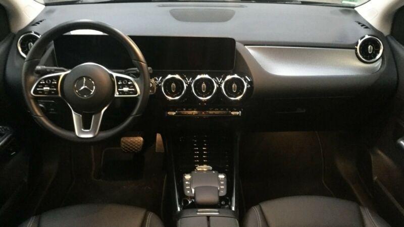 Mercedes Classe B 180 (W247) 180D 116CH PROGRESSIVE LINE EDITION 7G-DCT Noir occasion à Villenave-d'Ornon - photo n°4
