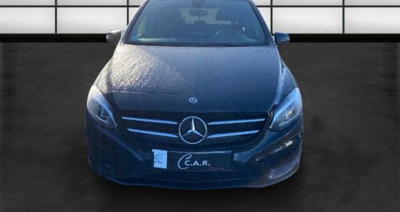 Mercedes Classe B 180 180 122ch Fascination 7G-DCT Euro6d-T Noir occasion à La Rochelle - photo n°2
