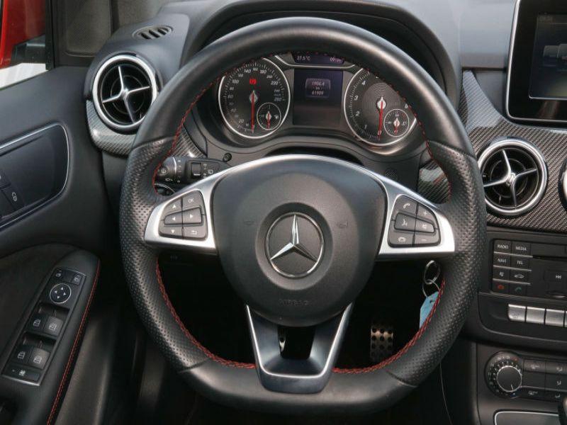 Mercedes Classe B 180 180 AMG Rouge occasion à Beaupuy - photo n°8