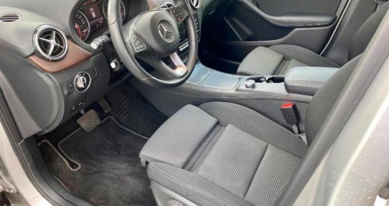 Mercedes Classe B 180 180 d 109ch Inspiration 7G-DCT Argent occasion à Douai - photo n°4