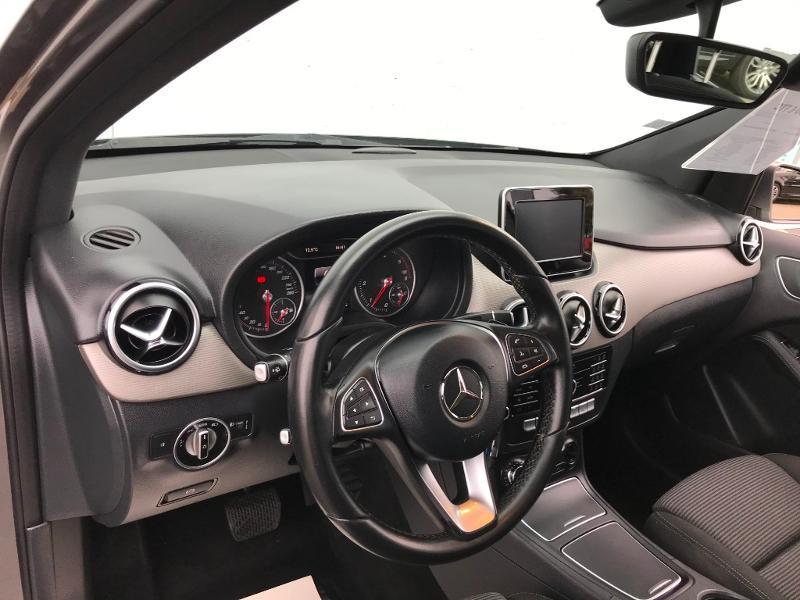 Mercedes Classe B 180 180 d 109ch Inspiration 7G-DCT Gris occasion à Labège - photo n°17