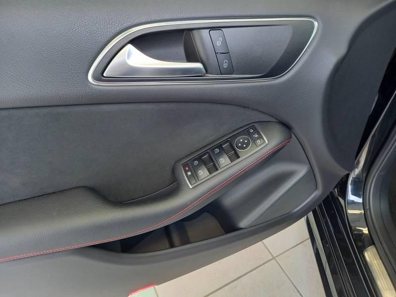 Mercedes Classe B 180 180 d 7-G DCT Sport Edition Noir occasion à Lescar - photo n°17
