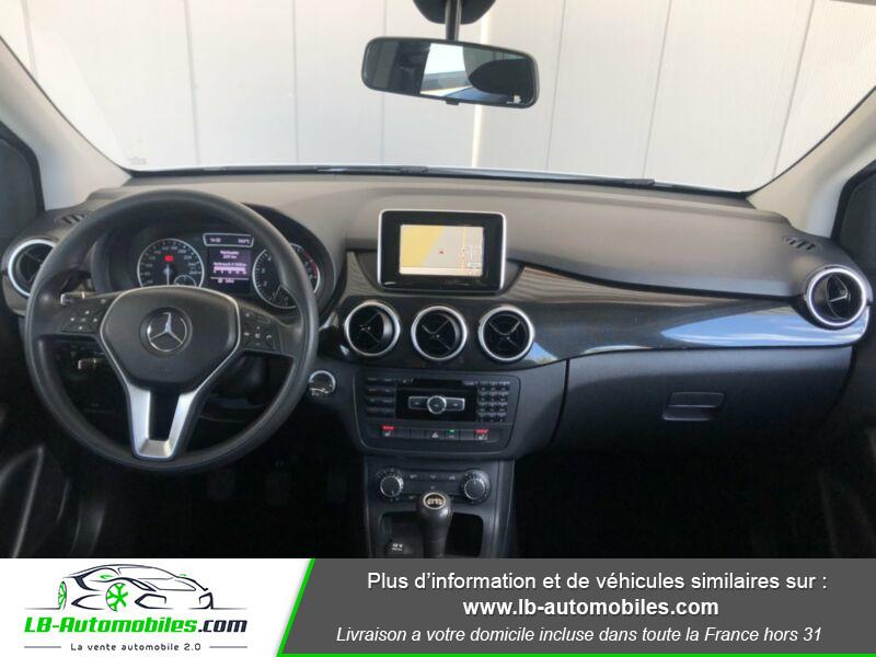 Mercedes Classe B 180 180 Blanc occasion à Beaupuy - photo n°2