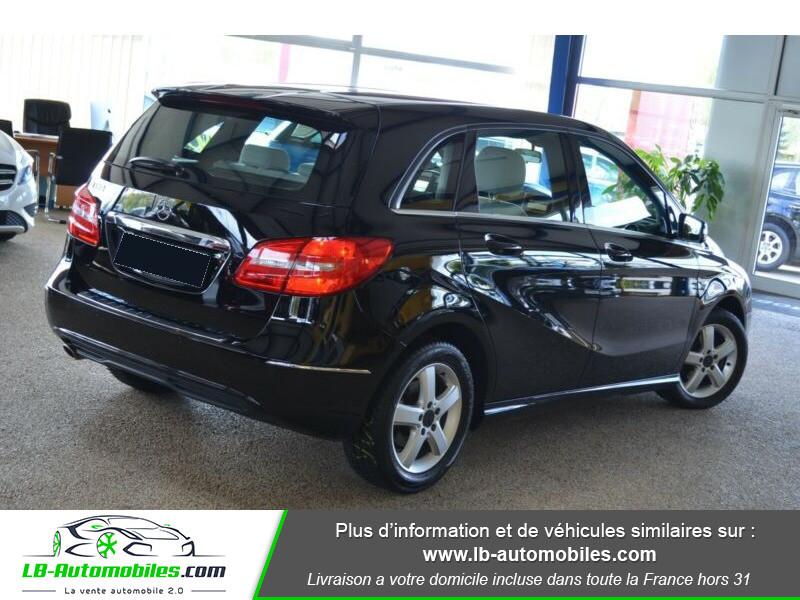 Mercedes Classe B 180 180 Noir occasion à Beaupuy - photo n°3