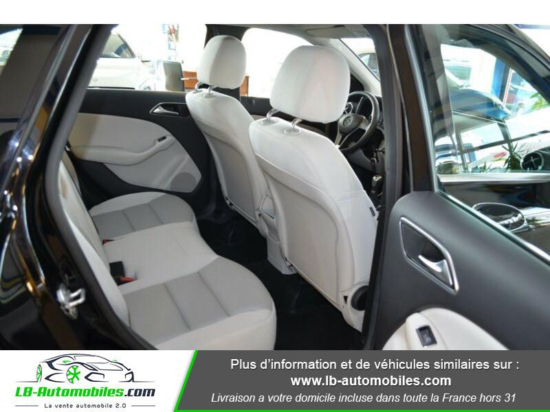 Mercedes Classe B 180 180 Noir occasion à Beaupuy - photo n°5
