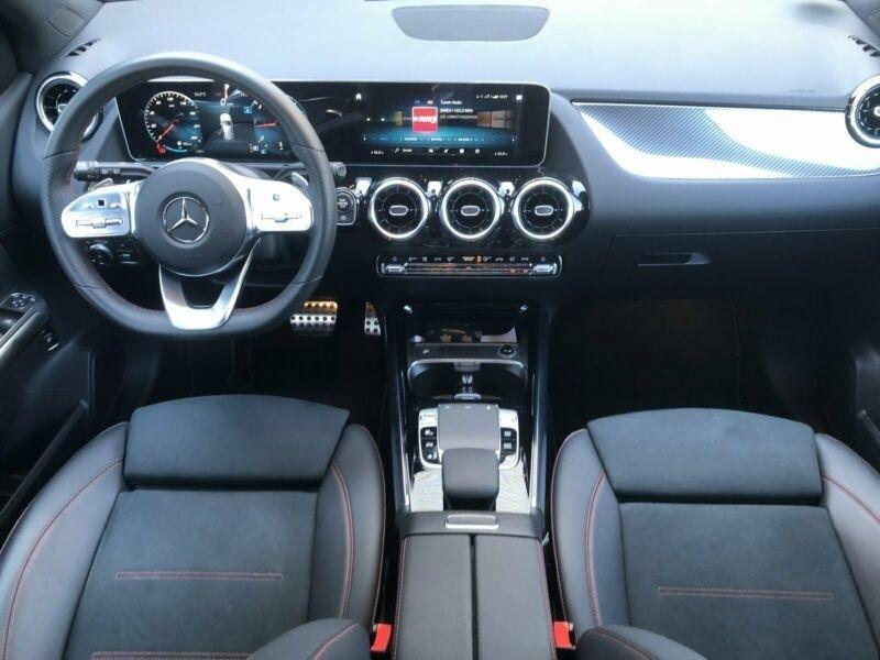 Mercedes Classe B 200 (W247) 200D 150CH AMG LINE EDITION 8G-DCT 7CV Noir occasion à Villenave-d'Ornon - photo n°4