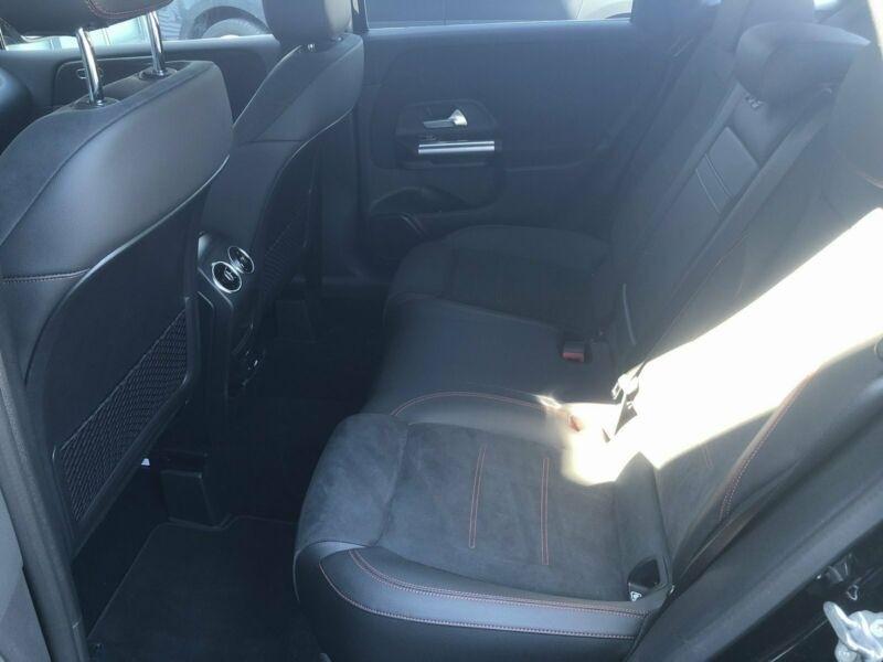 Mercedes Classe B 200 (W247) 200D 150CH AMG LINE EDITION 8G-DCT 7CV Noir occasion à Villenave-d'Ornon - photo n°6