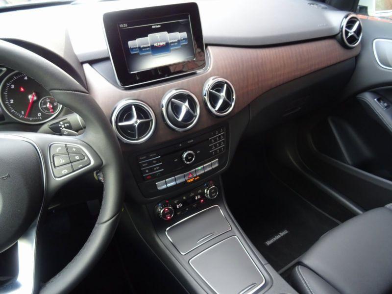 Mercedes Classe B 200 200 CDI 4 Matic Blanc occasion à Beaupuy - photo n°6