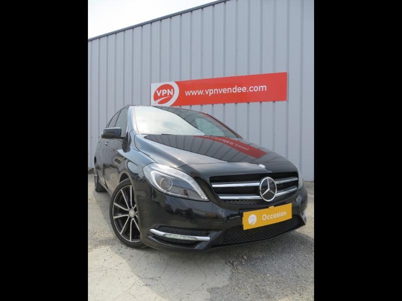 Mercedes Classe B 200 200 CDI Fascination 7G-DCT Noir occasion à La Roche-sur-Yon - photo n°2