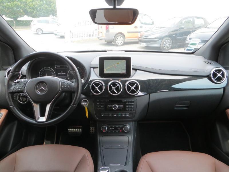 Mercedes Classe B 200 200 CDI Fascination 7G-DCT Noir occasion à La Roche-sur-Yon - photo n°8