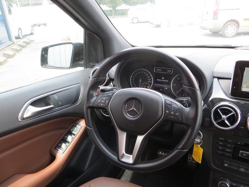 Mercedes Classe B 200 200 CDI Fascination 7G-DCT Noir occasion à La Roche-sur-Yon - photo n°11
